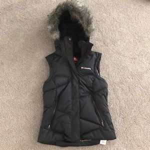 Columbia Jackets & Coats - Columbia down vest with fur lined hood